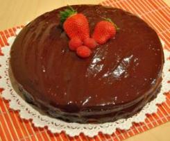Tarta de crema con cobertura de chocolate
